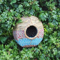 Wildlife World Artisan Wild Bird Nester - Anita