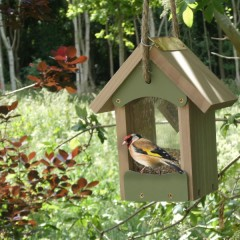 Wildlife World Bird Barn Seed Feeder